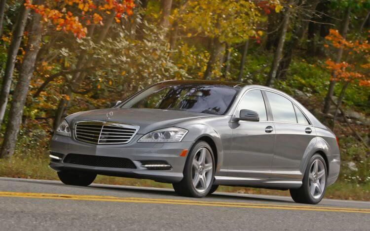 Grey Mercedes – Benz S550 Limo Hire NY